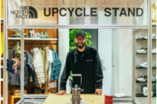 Think out of the box ― UPCYCLE STAND TOUR