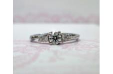 プラチナダイヤモンド 婚約指輪