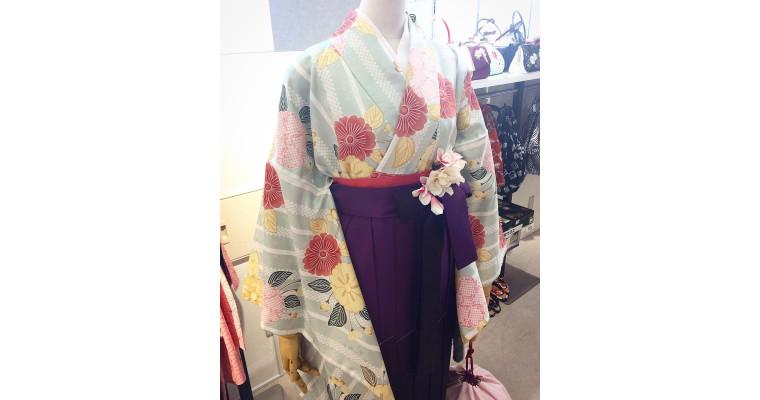 【女子袴】紫ぼかし刺繍袴♪