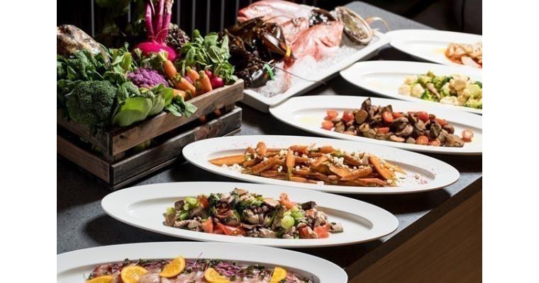 ワゴンサービスによるディナーコース「MARKET TO TABLE – マーケット トゥ テーブル – 」