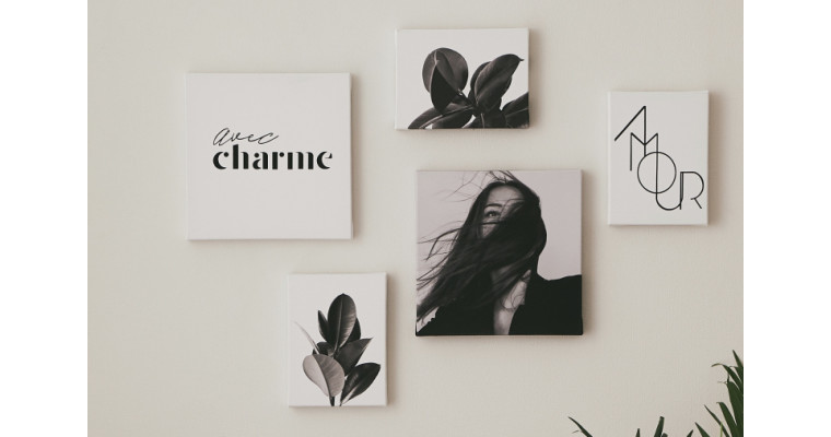 お部屋をアートでデコレーションしませんか?