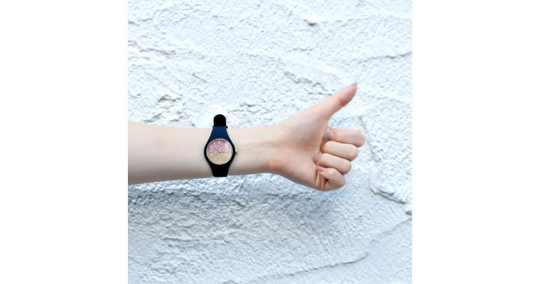 キラキラが可愛い時計♡